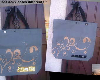 A purse or tote bag or purse at all!