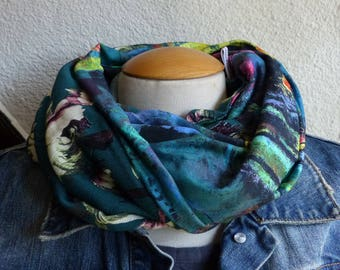 F428 snood scarf tissue fluid print flowers and multicolored fabric