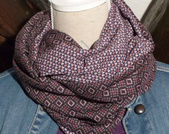 F332 snood scarf tissue fluid print hearts and geometric patterns