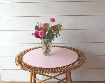 Pink table rattan Sun 50s/60s.