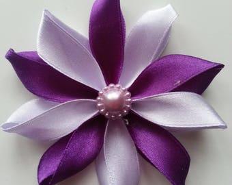 7,5 cm fleur de satin mauve et violet