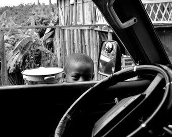 """Photography black and white: """"A look that in said Long"""" - Mananjar, MADAGASCAR - 2015"""