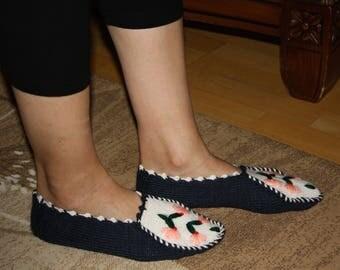 Flower Sensation, handmade, exclusive designer, foot warmer, indoor socks