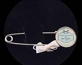 """""""My nurse, an Angel"""" cabochon brooch"""