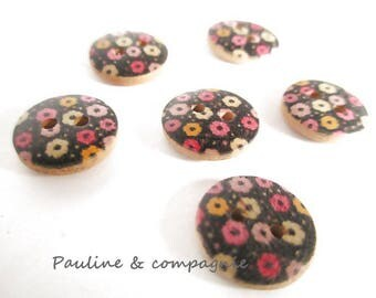10 novelty wooden flower buttons liberty 1.3 cm diameter
