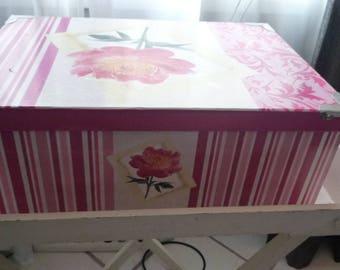 Big flower fuchsia/stripes 44 * 31 cardboard box