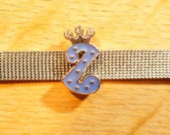 Pearl Crown width the indigo blue alphabet for bracelet