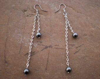 Silver chain and Pearl Earrings Hematite