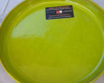 Pie plate enamel green.