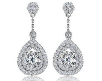 Diamond/Cubic zirconia drop earring