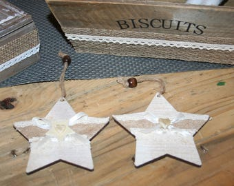 2 stars Christmas hanging Wood taupe and ivory lace heart