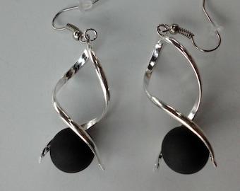 Earrings black polaris bead spiral earrings / wedding / party / birthday