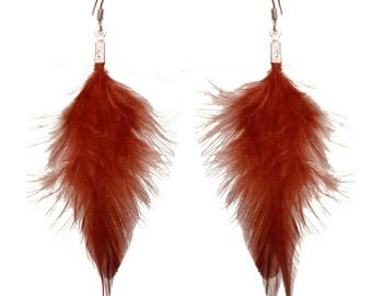 Dangling earrings very light brown feathers