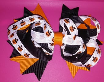 Pumpkin head stacked bow