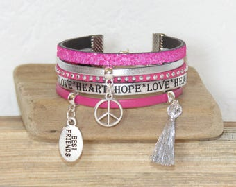 "Cuff Bracelet for teens ""peace and love best friend"" leather, silver and Fuchsia glitter"
