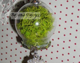 Necklace green globe with MOSS (plant necklace)