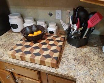 Cubic patterned butcher block