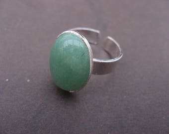 Ring with 18 mm * 13 mm aventurine cabochon
