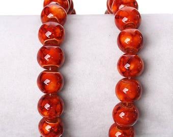 20 Perles en verre orange marbré  10mm