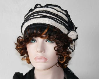 Hat made of polyester and wool black and white Nina 23