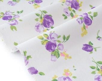 Japanese cotton stiff vintage flowery fabric ecru background x 50cm