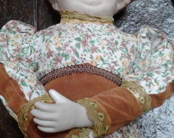 Vintage Old lady doll/ bed doll