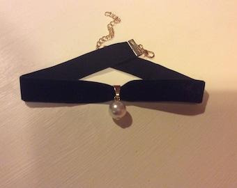 Black velvet ribbon choker necklace with faux pearl pendant