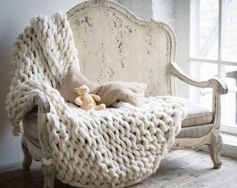 Australian 100% Merino  Chunky Wool Yarn Knitted Blanket