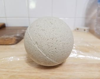 Large LoLo Organic Herbal Detox Bath Bomb