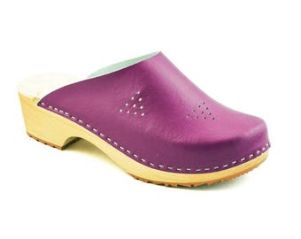 New Clogs Moccasins Wooden clogs Women clogs Leather clog Clog Womens purple clogs Boots Womens moccasins Wood clog Clogs boots Clogs sandal