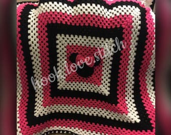 Minnie Mouse Baby Blanket.