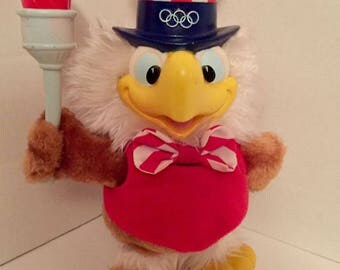 """SAM THE EAGLE Plush w/ Olympic Torch 1980's Stuffed Animal 10"""" Applause"""