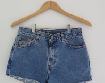 vintage Calvin Klien medium wash denim shorts