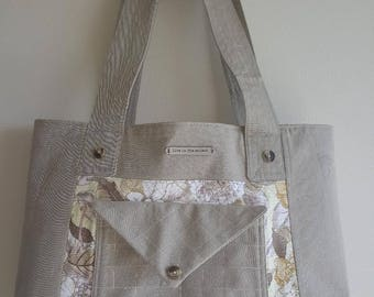 """Khaki Floral """"Live in the moment"""""""