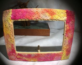 Ice Dyed Lace Edged Wood Frame
