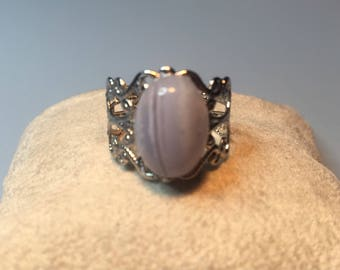 Ring chalcedony (agate blue lace)