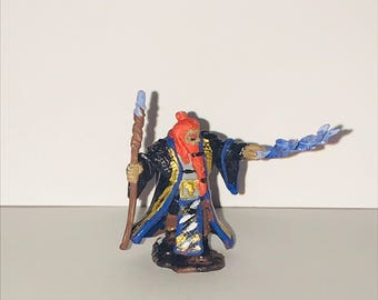 Nolzur's DND mini- Dwarf Wizard Handpainted