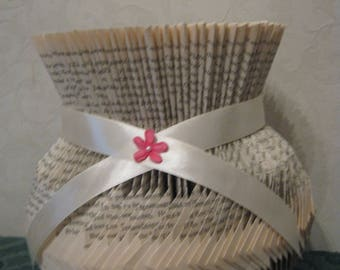 book folded vase, gift, wedding or party centerpiece