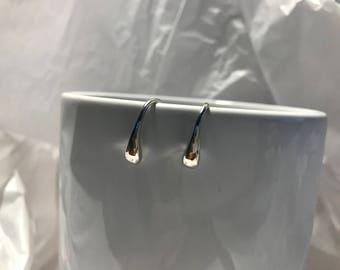 925 Sterling Silver Tear Earrings