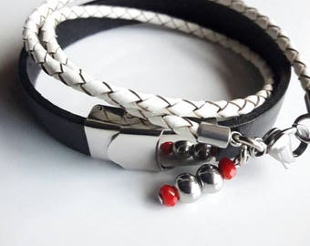 Woman's set bracelet, handmade of leather and stainless steel