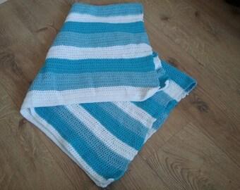 Blue & white baby blanket