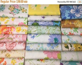 SALE- Floral Quilt Squares- Reclaimed Bed Linens-Flower Power-Vintage Linens-Charms