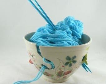 Knitting Bowl Yarn Bowl Crochet Bowl yarn holder Ceramics and Pottery  ceramic yarn bowl  knitting supplies yarn organizer knitter gift
