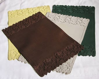 Vintage 1950s Vinyl Placemats Set of 4, Embossed Placemats, Mid-Century Retro Table Setting Mats