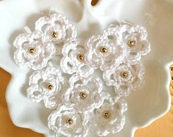 Crochet Flowers,  appliqués, tiny crochet flowers, embellished flowers, 10 white crochet flowers with gold beads,