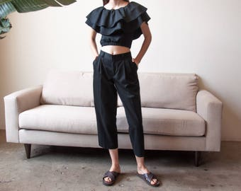 black cropped pants / black pleated trousers / high waist pants / 28 W / 2690t / B9