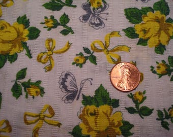 QUARTER YARD vintage fabric YELLOW bows and roses blythe doll sewing