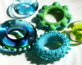 Set of 5 Assorted Lampwork Glass Ring Beads with FREE Chain