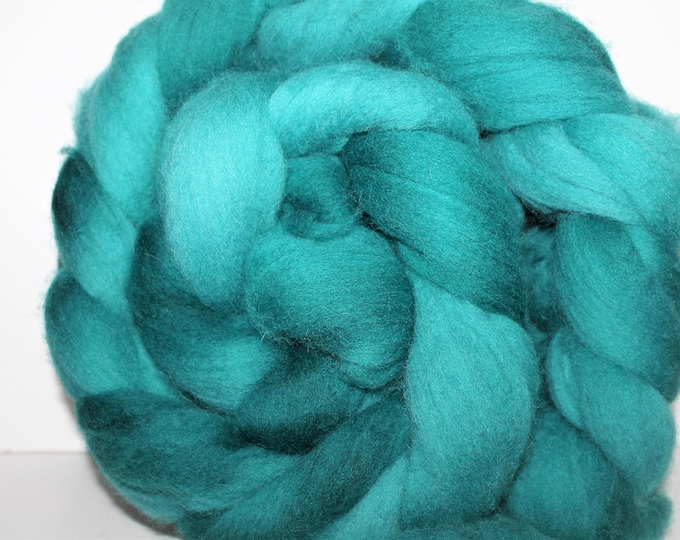 Kettle Dyed Cheviot Wool Top.  Easy to spin.  Great for felting. 1lb. Braid. Spin. Felt. Roving. C15