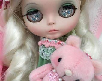 """Custom Blythe Doll OOAK """"Ava"""" ~  by Jenny Lee of JennyLovesBenny"""